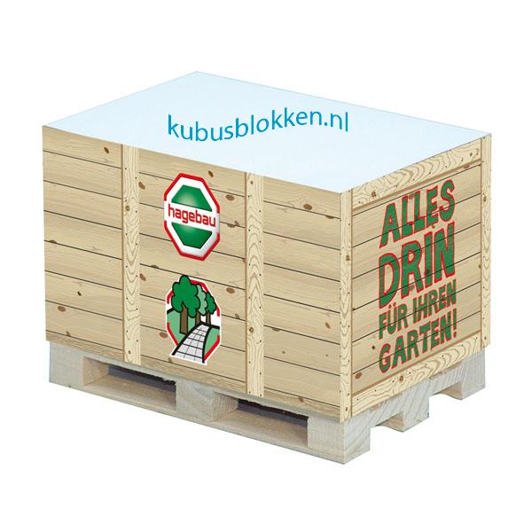 kubusblok krat op houten pallet